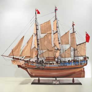 HMS-Bounty-L80-01