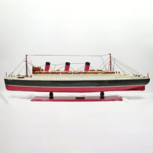 Queen-Mary-L100-01